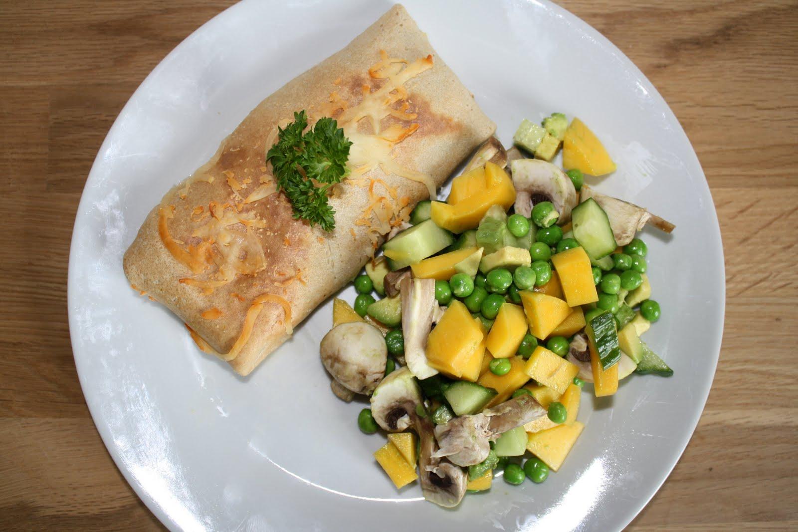 Pandekager med spinat, skinke og parmesan