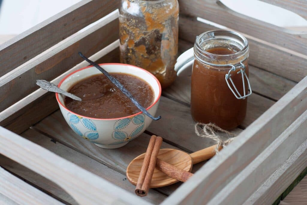 Æblesmør med vanilje & kanel