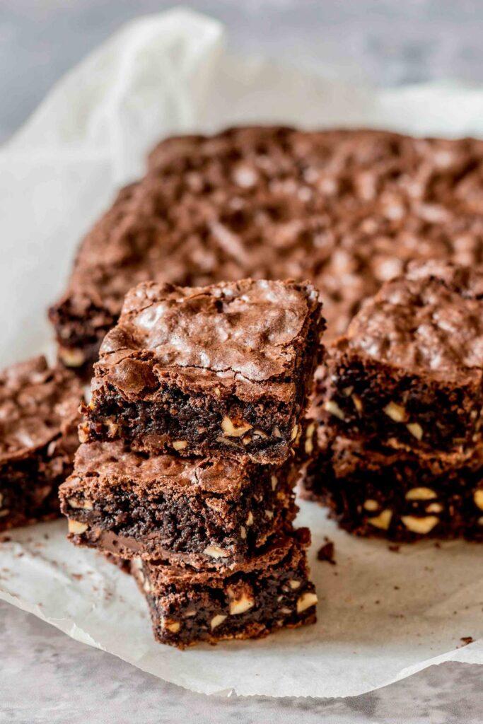 Opskrift på Brownie med hasselnødder