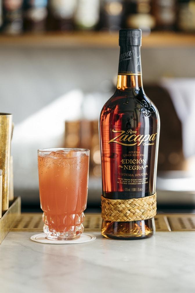 Dansk bartender blandt top 10 i verden - få opskriften på hans cocktail & vind Zacapa rom!