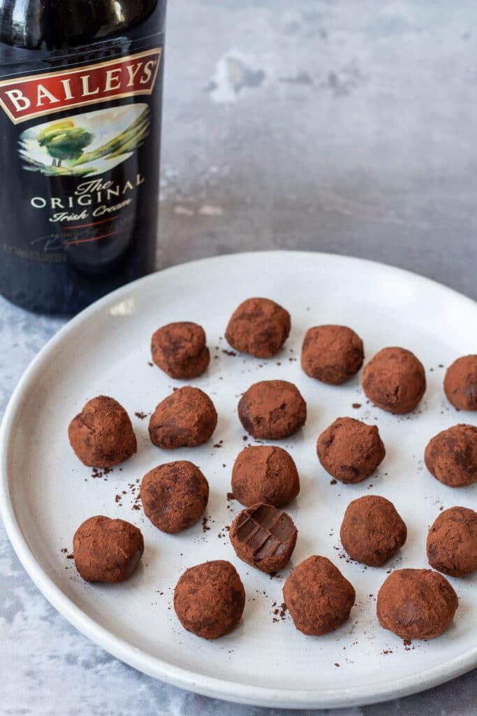 Chokoladetrøfler med Baileys