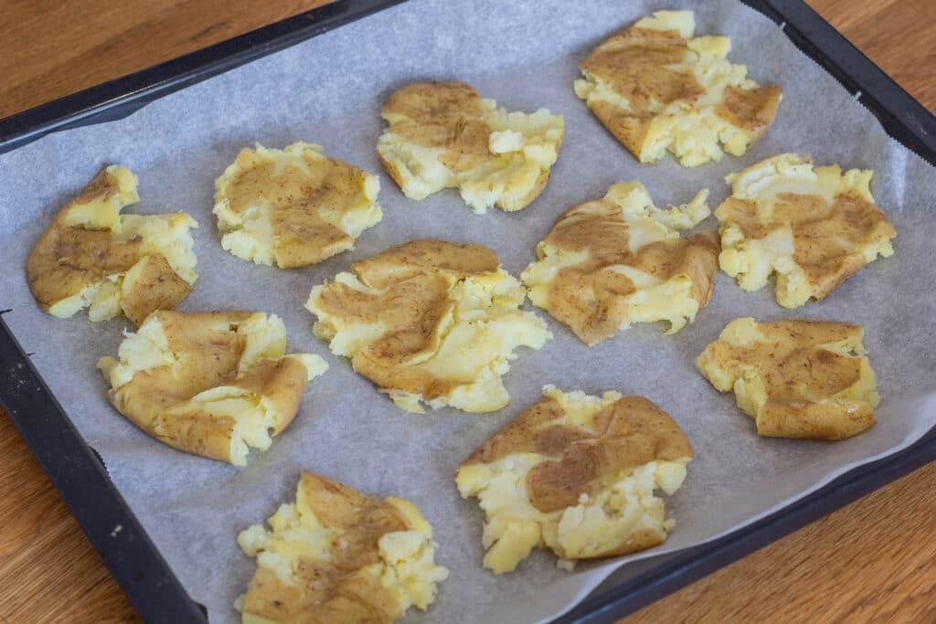 kartofler med hvidløg rosmaring og parmesan